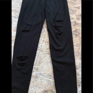 Aerie NWT Black Ripped Leggings